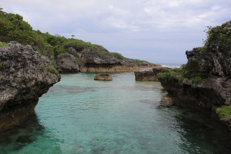 Limu Pools, where the cold fresh water mixes with the warm sea water