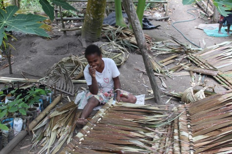 Making roof thatch