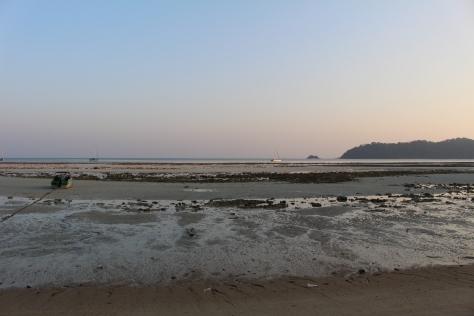 Anchored off Ko Rawi at low tide
